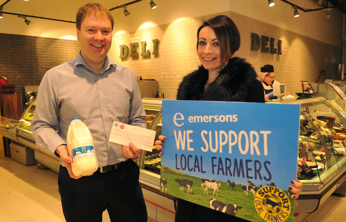 Gavin-Emerson-owner-of-Emersons-Supermarket-in-Armagh-presents-Clodagh-Crowe-with-a-cheque-for-Rural-Support-on-behalf-of-The-Emersons-Foundation.-MGMPR_001.jpg